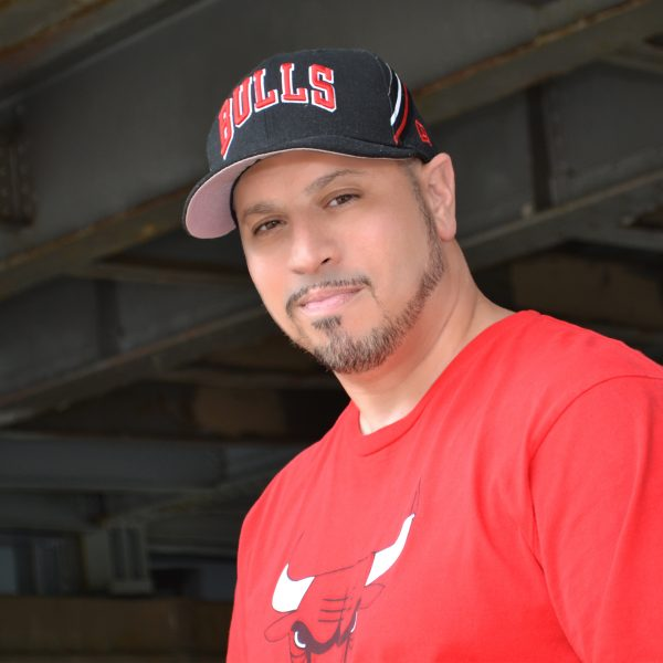 DJ Luis Santiago